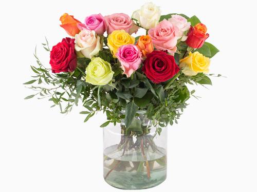 Bunter Blumenstrauß: 15 Bunte Rosen